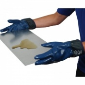 Armasafe Nitrile Coated Kevlar Gloves A827K