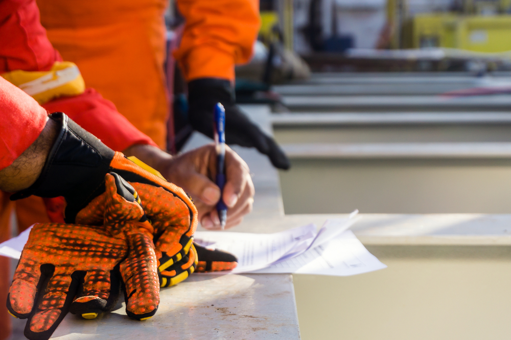 Impact Resistant Gloves Can Prevent Serious Injuries