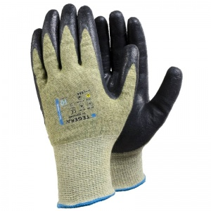 Ejendals Tegera 666 Level 5 Cut Resistant Fine Assembly Gloves